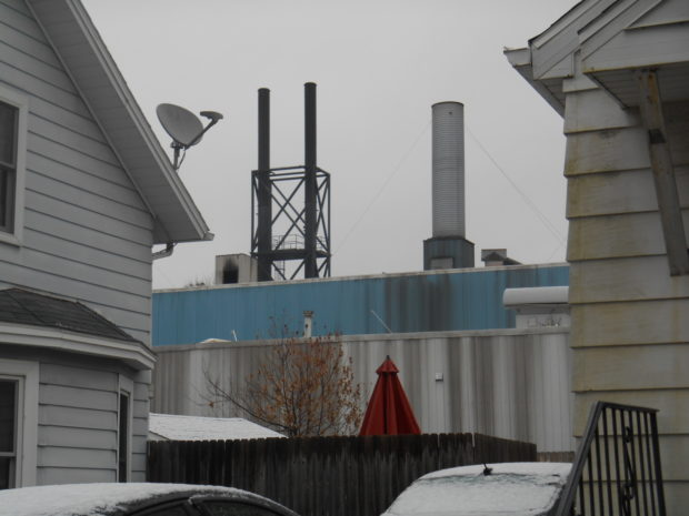 Kipp neighbors plan to set up their own air pollution monitors